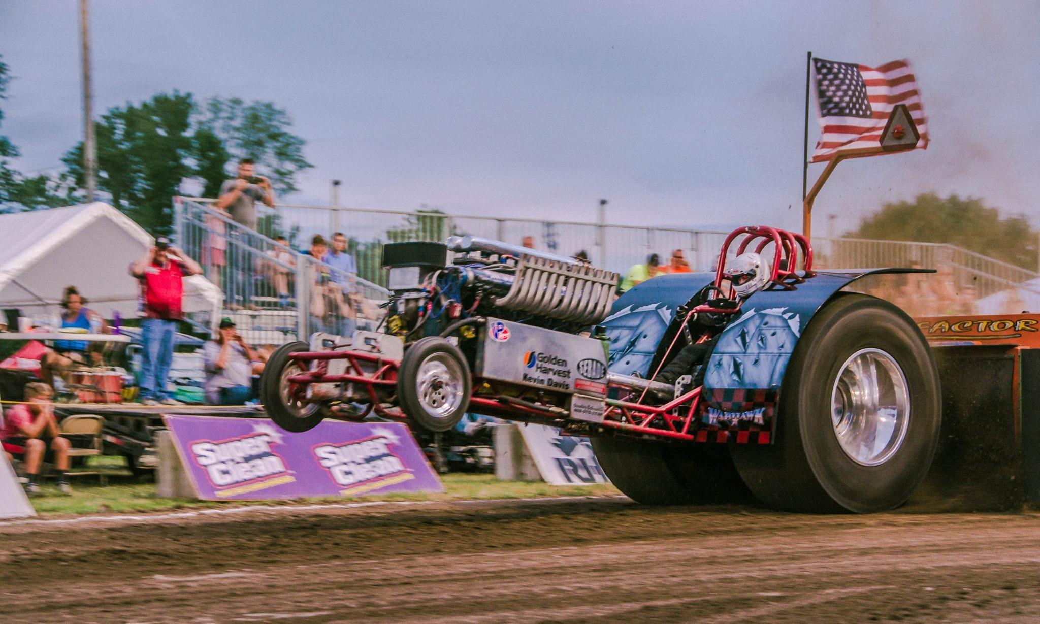 Leigh, NE tractor pull